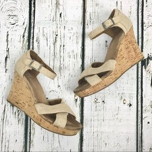 Toms Cork Wedge Heels Tan Canvas Sz 7